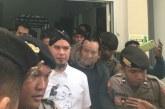 Pakai Kaos Gus Dur, Ahmad Dhani Sindir Kelompok NU