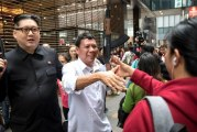 FOTO Duterte dan Kim Jong-un 'Tiruan'
