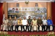 """FOTO Simposium """"Kembali Ke Jati Diri TNI"""""""