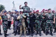 FOTO Panglima TNI Pimpin Apel Khusus di Koarmada