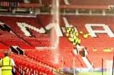 Hujan Deras, Stadion Old Trafford Bocor