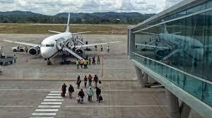 Tiket Mahal, Penumpang Pesawat Lebaran Turun Hampir 80%