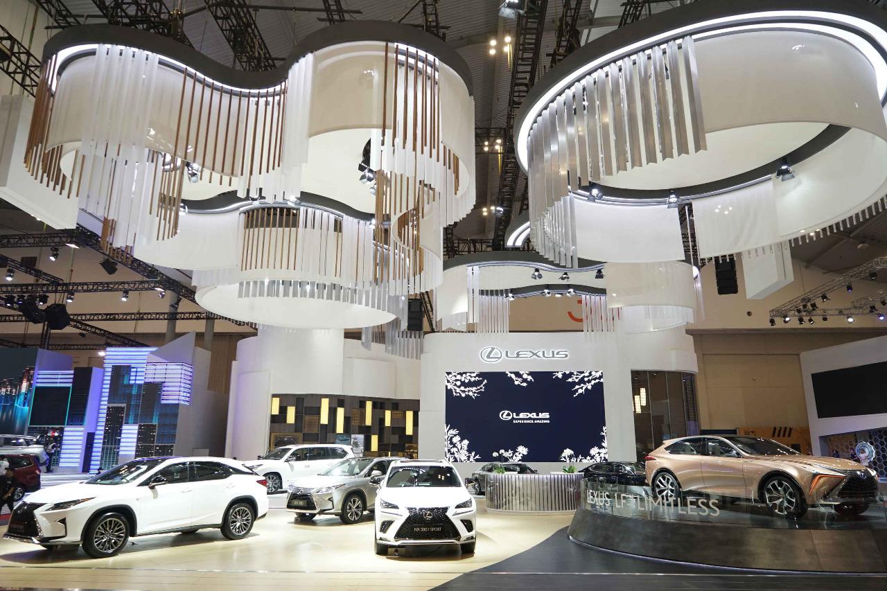 Lexus Beri Kejutan Pelanggan di Royal Kabuki Lounge