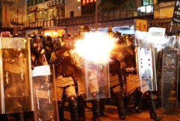 Demonstran Hongkong 'Tolak China' Makin Panas dan Brutal!