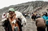 Upacara Yadnya Kasada Suku Tengger Jadi Daya Tarik Bagi Wisatawan