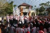 Ribuan Warga Antusias Ikuti Jalan Sehat 'BUMN Hadir Untuk Negeri' di Pulau Buru
