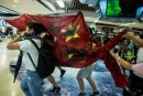 Demo Hong Kong Lecehkan Bendera China