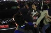 FOTO Demo Mahasiswa di Depan Kompleks Parlemen Ricuh