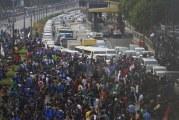 FOTO Mahasiswa Blokade Jalan Tol