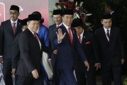 Foto Detik-detik Pelantikan Presiden dan Wakil Presiden