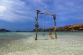 Keunikan Pasir Putih Tanjung Aan