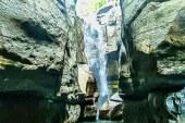 Cunca Wulang, Cantiknya Air Terjun dan Tebing nan Menjulang