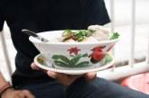Simbol Kerja Keras, Ini Sejarah Mangkuk Ayam Jago yang Tersohor dari Tiongkok