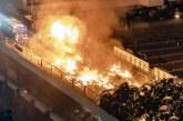 """<span class=""""entry-title-primary"""">Polisi Berupaya Tembus Kampus, Disambut Demonstran dengan Panah dan Api</span> <span class=""""entry-subtitle"""">Aksi Demo Hong Kong Terus Membara!</span>"""