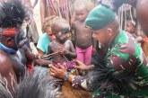 Kostrad Lestarikan Adat Suku Kamoro di Papua
