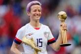 """<span class=""""entry-title-primary"""">Inilah Pemain Sepak Bola Wanita Terbaik di Dunia</span> <span class=""""entry-subtitle"""">Rapinoe Raih Ballon D'Or Wanita</span>"""