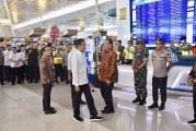 FOTO Panglima TNI Dampingi Presiden Jokowi Tinjau Sterilisasi Bandara Soekarno-Hatta