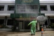 FOTO PMI Lakukan Penyemprotan Disinfektan di Laboratorium Kesehatan Kota Tangerang