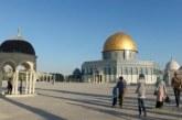 Antusias Jemaah Sambut Hari Pertama Pembukaan Masjid Al-Aqsa