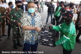 Dampak Covid-19, Pelindo III Bagikan 1.000 Paket Sembako kepada Masyarakat Jatim