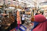 Menkop Kunjungi Pasar Beringharjo Pastikan Program PEN Tepat Sasaran