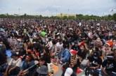"Demo Tuntut PM Thailand Turun, Mahasiswa Serukan ""Negara Milik Rakyat"""
