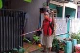 FOTO Penyemprotan Disinfektan di RT 004/RW 014 BSP Bekasi