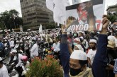 FOTO Unjuk Rasa Protes Presiden Prancis