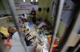FOTO Relawan ACT Siapkan Makanan untuk Korban Bencana Mamuju