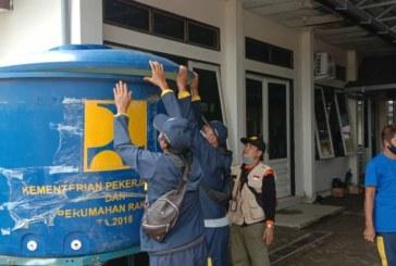 Kementerian PUPR Salurkan Bantuan Air Bersih Bagi Korban Banjir di Barabai