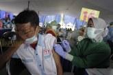 FOTO Sopir Kendaraan Umum Ikuti Vaksinasi di Kota Tangerang