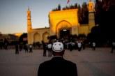 Jadi Imam Shalat Jumat, Ratusan Ulama Uighur Ditangkap Rezim China