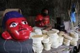 FOTO Pengrajin Boneka Ondel-ondel Jelang HUT ke-494 Jakarta