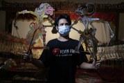 FOTO Belajar Mendalang Wayang Kulit di Sanggar Nirmalasari