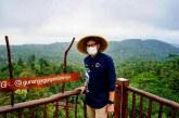 Perkuat Promosi Pariwisata di Desa Wisata Pandanrejo Sandiaga Uno Dorong Penggunaan Konten Digital